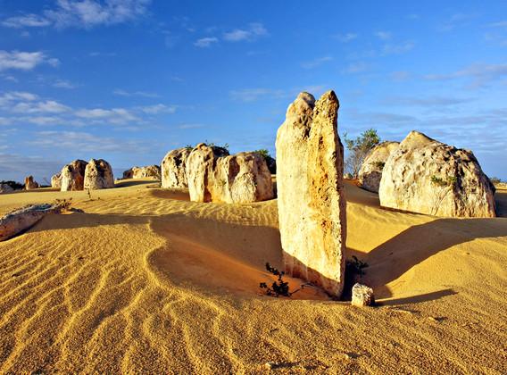 【粉红仙境】澳大利亚悉尼+西澳粉红湖6晚9天半自助【打卡粉红湖/游览世界自然之窗卡尔巴里/漫步外星球尖峰石阵】