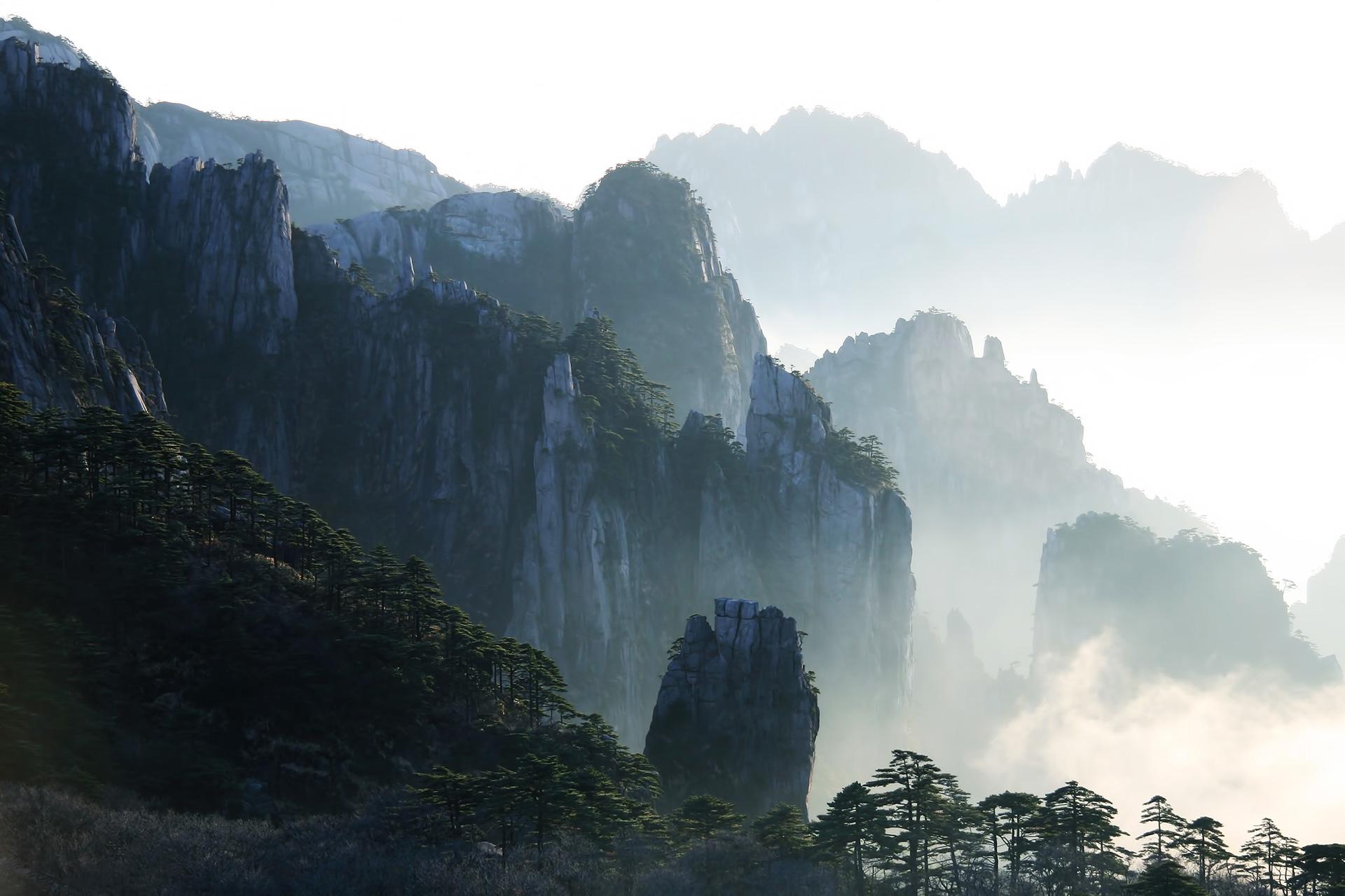 安徽:黄山观日出+西递宏村+秀水千岛湖双高5日游