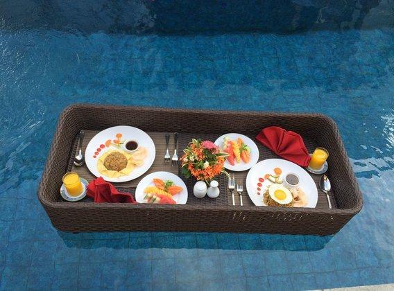【花漾甜新】巴厘岛5晚7天半自助【全新五星泳池别墅+海边五星酒店/某红书同款花瓣泳池/漂浮早餐】