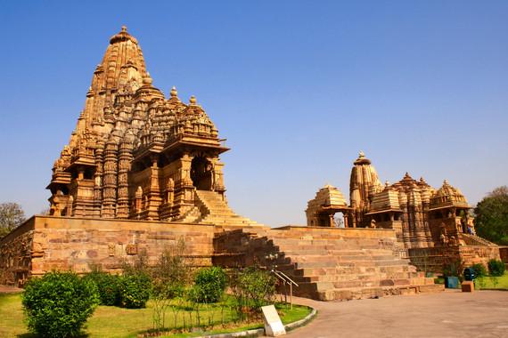 触摸印度12日全景之旅参观世界文化遗产:胡马雍陵、顾特卜高塔、泰姬陵、阿格拉城堡、斋普尔古天文台、维多利亚火车站一价全含0小费0自费