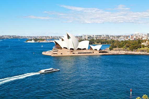 一览无遗 澳新凯南北岛 澳大利亚+悉尼+凯恩斯+布里斯班+基督城+库克山+皇后镇+米尔福德峡湾+奥克兰+罗托鲁瓦+墨尔本+翡翠岛+摩尔大堡礁