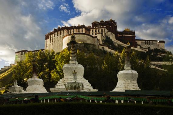 【藏歷新年】西藏圣地祈福臥去飛返9日游【圣湖撒龍達/甘丹寺燃香祈福/五鉆酒店/僅此一團】